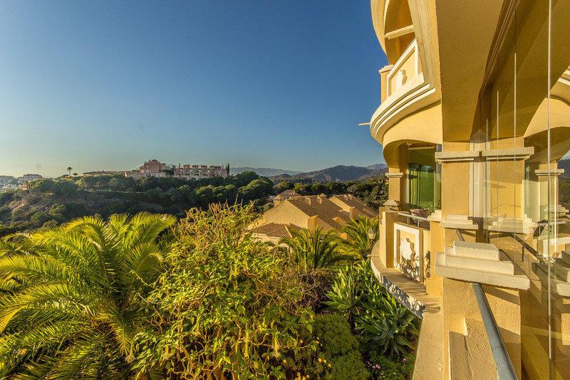 Apartment for sale in Elviria (Marbella)...