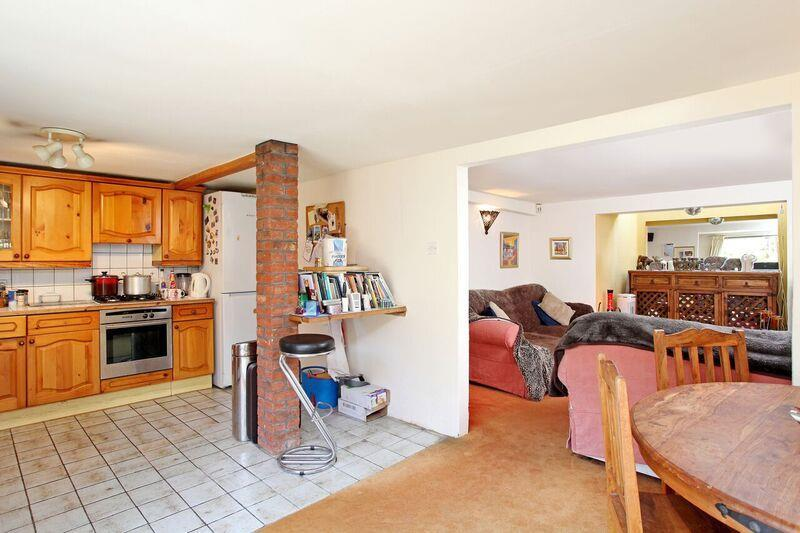 632. Kitchen and Rec