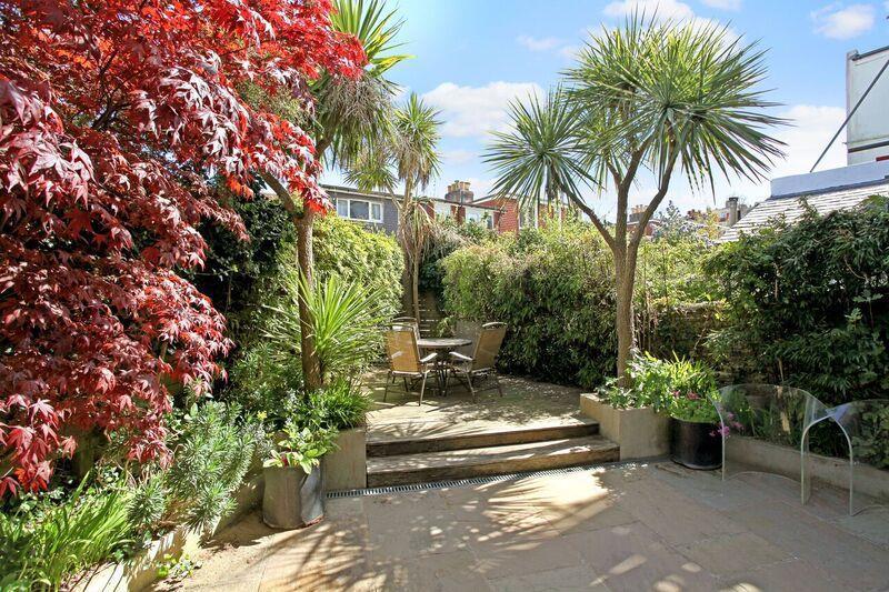 632. Garden 1.jpg