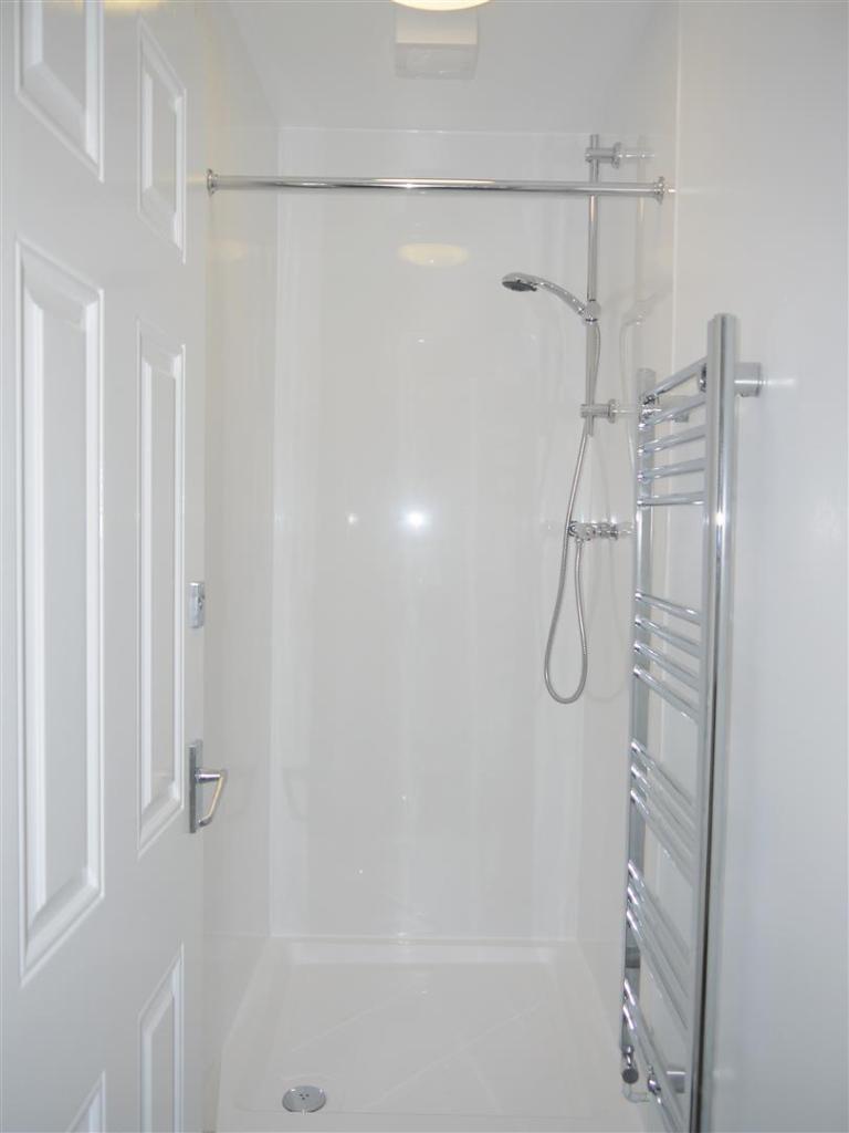 639. Shower.JPG