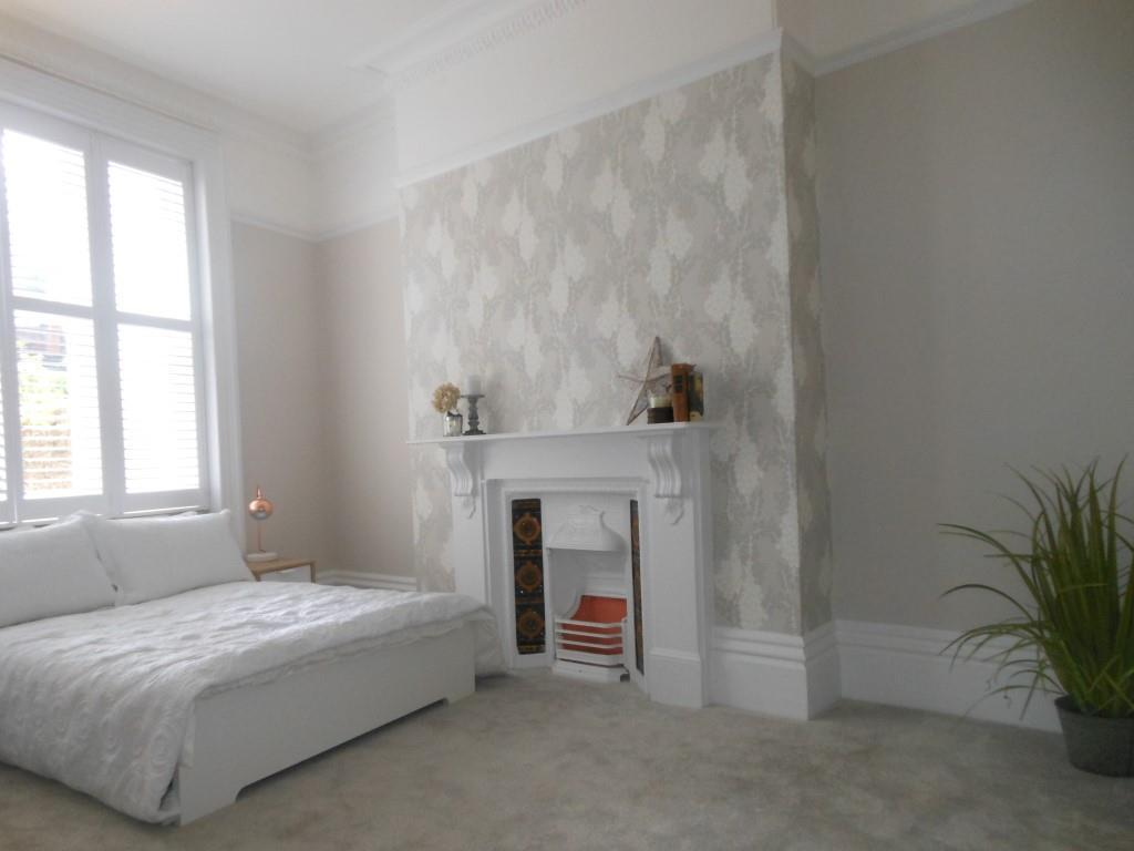 670. Bedroom.JPG