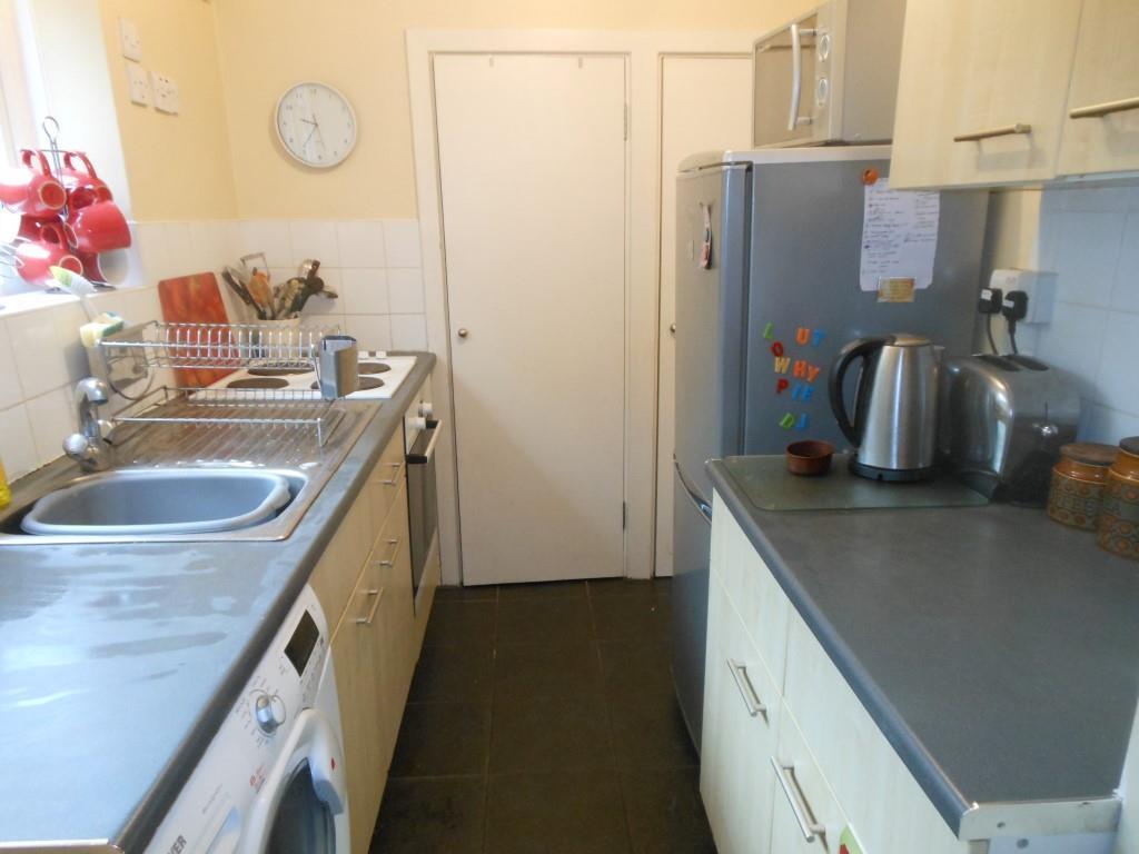 680. Kitchen.JPG