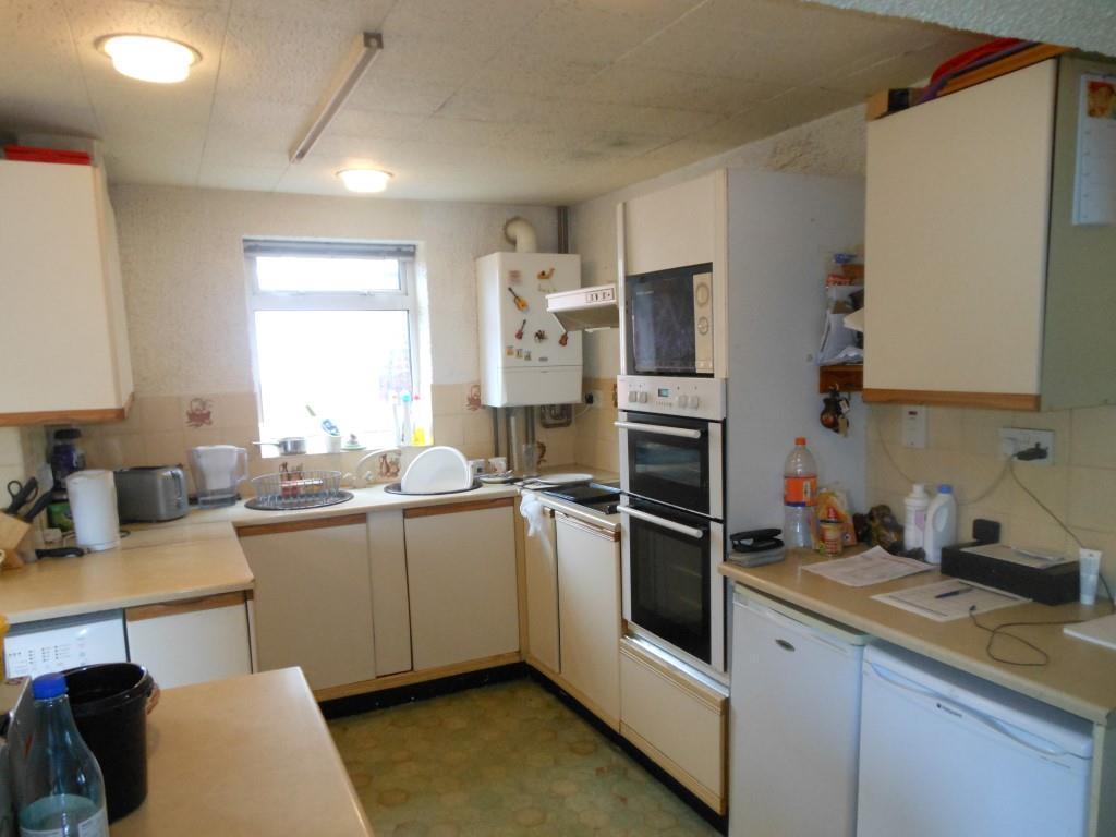 681. Kitchen.JPG