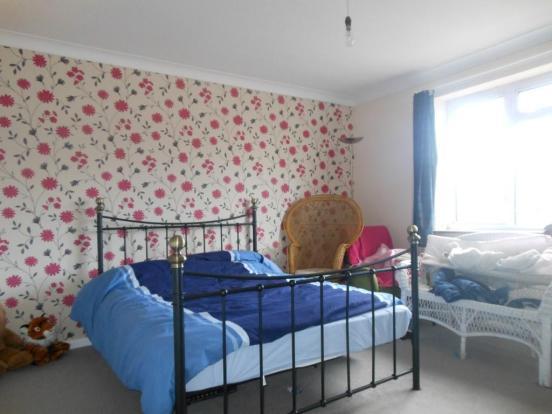 681. Bedroom.JPG