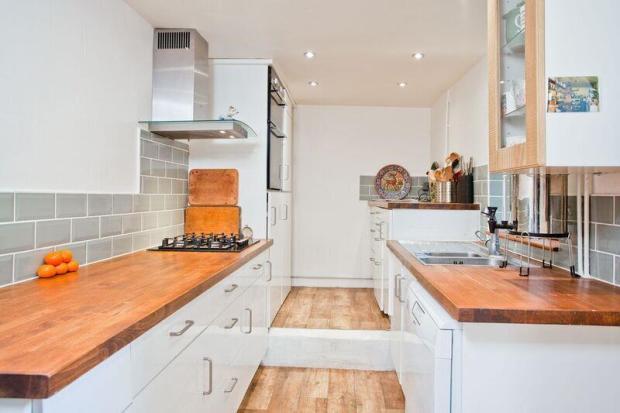 683. Kitchen.jpg