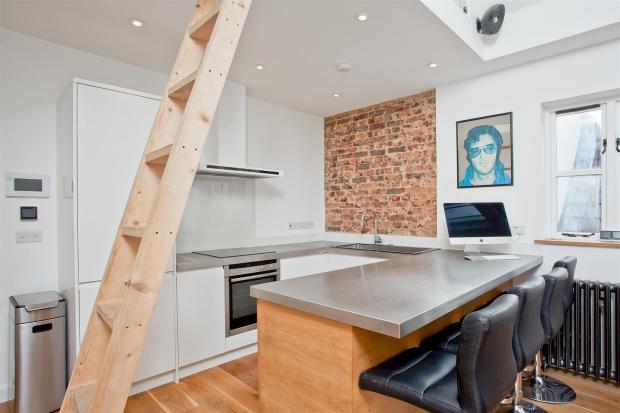 682. Kitchen area.JP