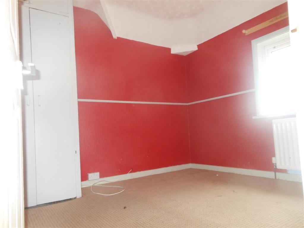 631. Bedroom 2.JPG