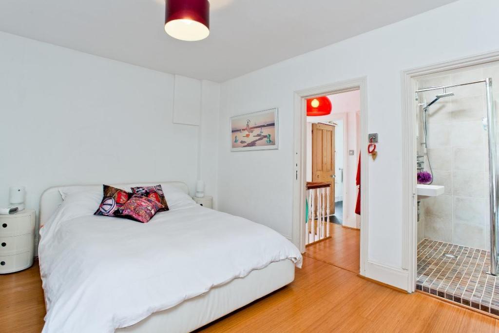 665. Master Bedroom
