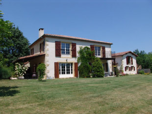 5 bed Country House in Midi-Pyr�n�es, Gers...