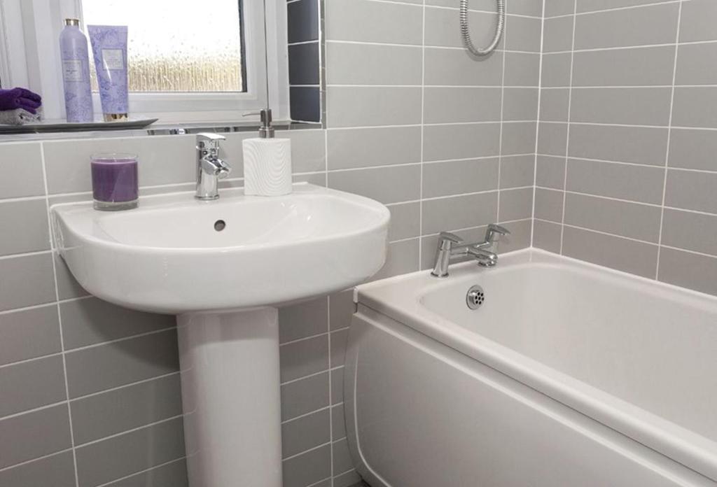 The Carrick Bathroom