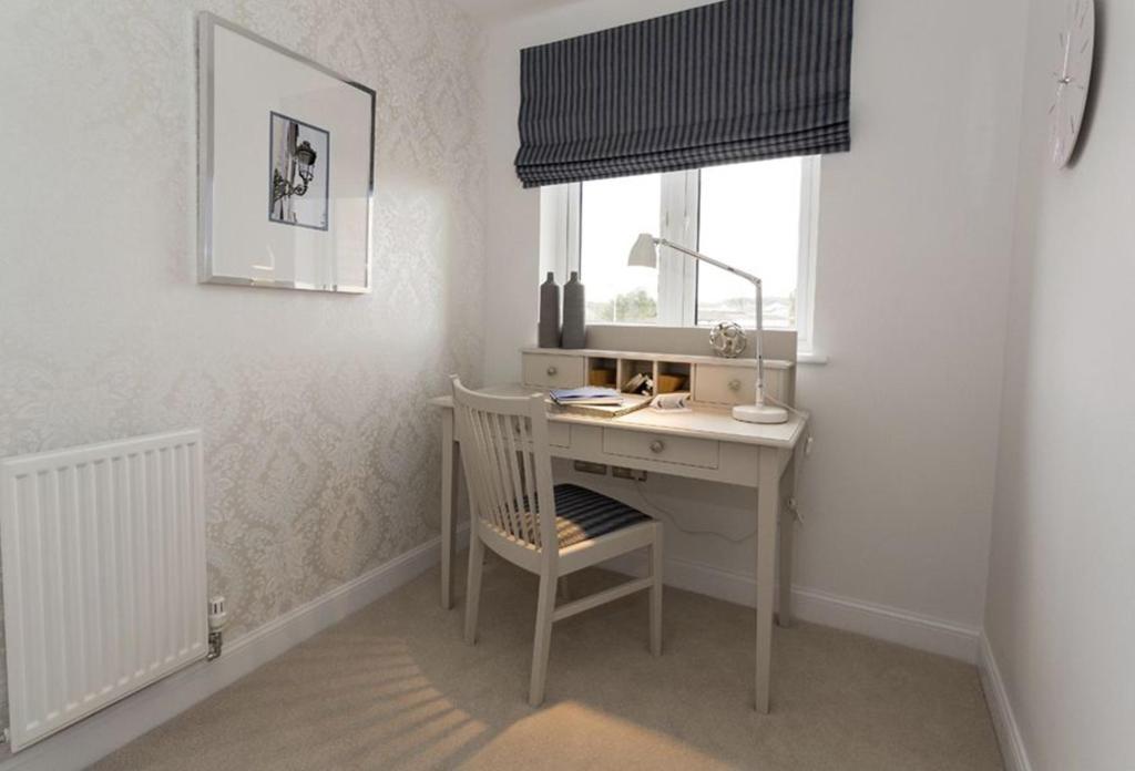 Drummond bedroom 4