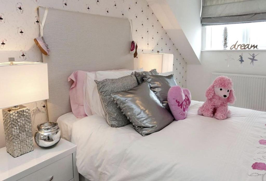 The Craigievar Bedroom