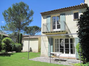 Provence-Alps-Cote d`Azur Town House for sale