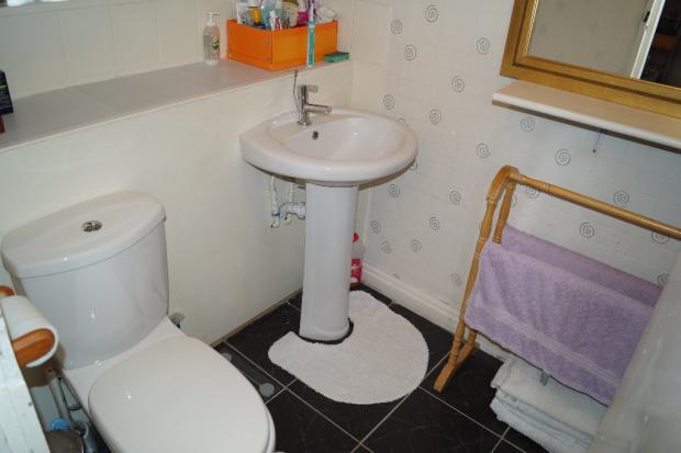 SC Flat - Bathroom