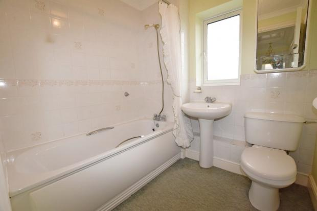 Bathroom House in Al