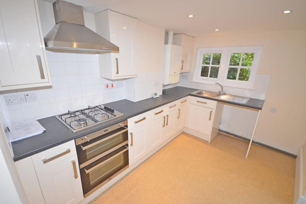 Kitchen  House to re