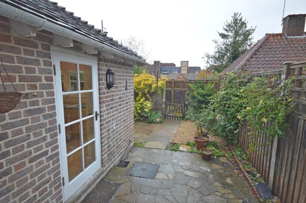 Garden  House to ren