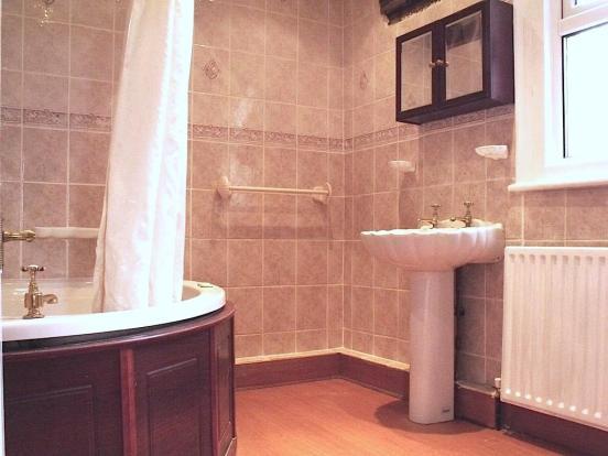 Bathroomcopy.jpg