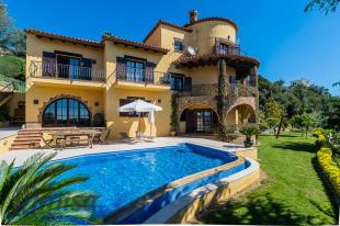 Catalonia Villa for sale