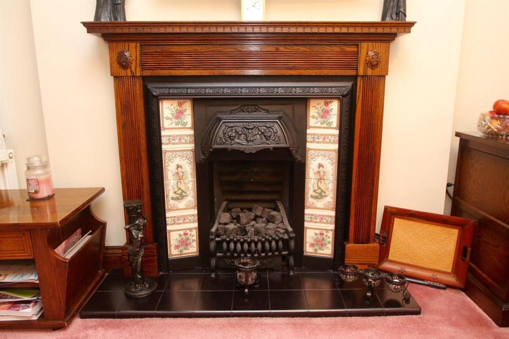 Victorian Style Fire