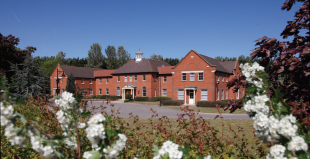 property to rent in Manor Court, Chilton, OX11 0RN