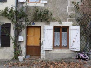 Village House for sale in Camon, Ariège...