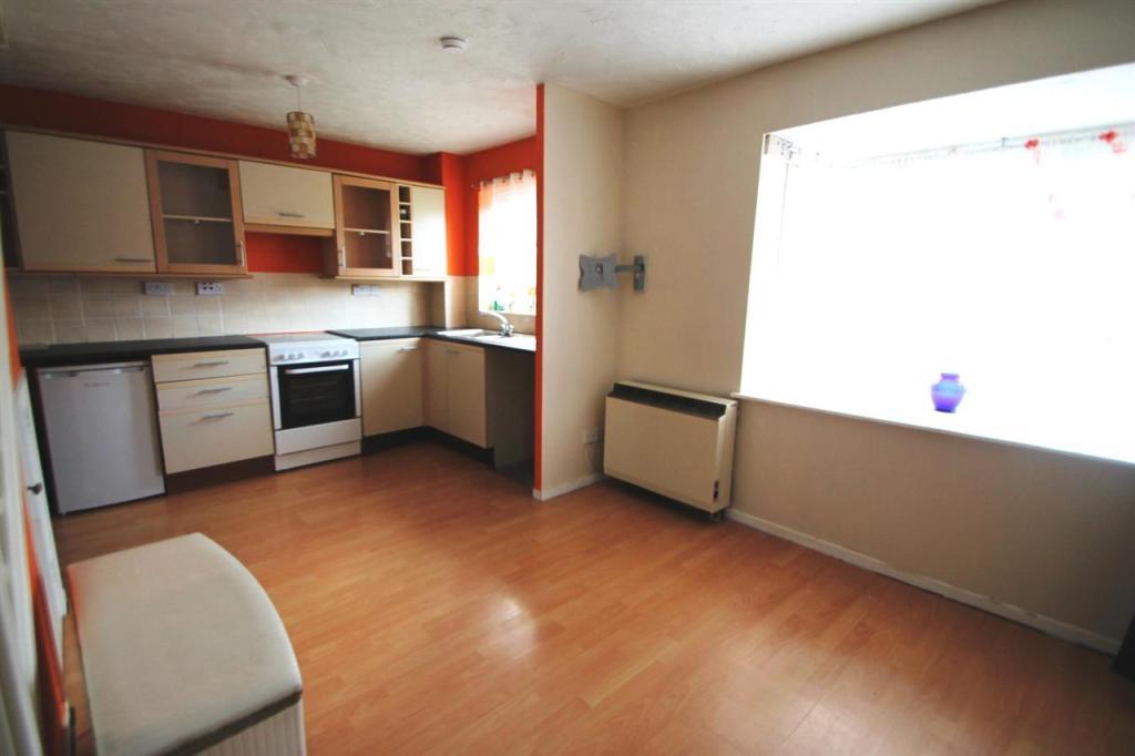 Open Lounge/Kitchen