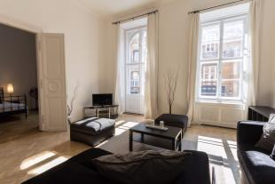 3 bed Flat for sale in District V, Budapest
