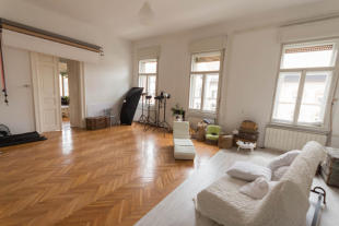 2 bed Apartment for sale in District Viii, Budapest