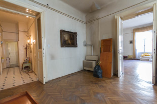 2 bedroom Apartment for sale in Budapest, District VI