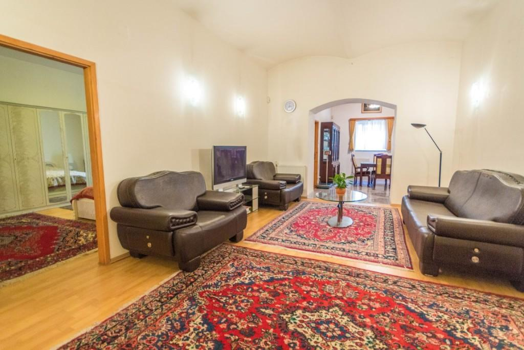 2 bed Apartment for sale in District Ix, Budapest