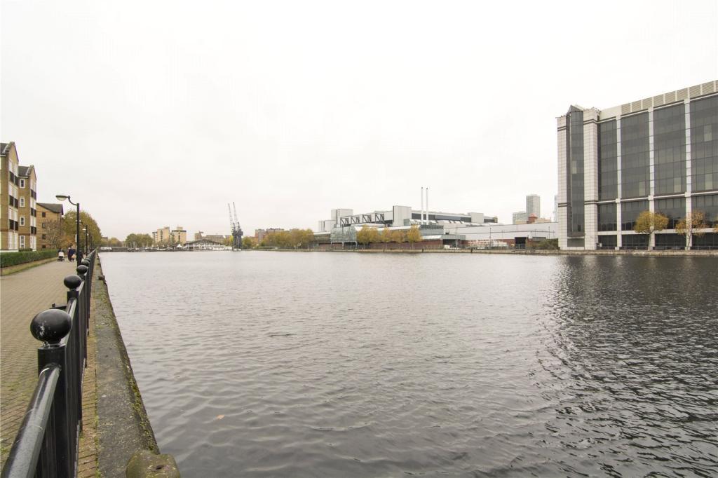 Docks 2