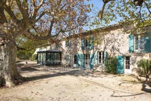 house for sale in 13810 eygalieres