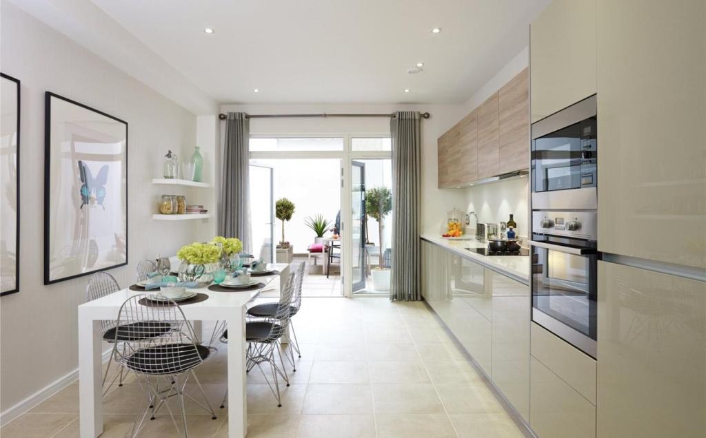 Kitchen/Dinign Room