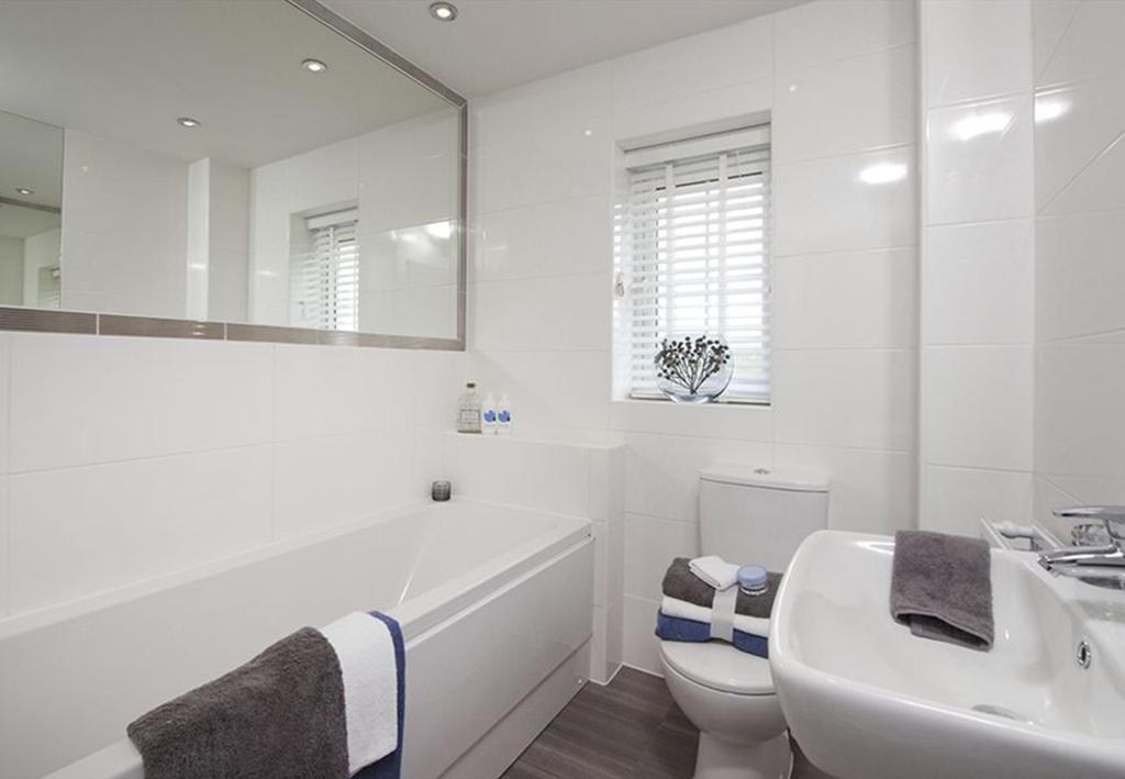Guisborough I bathroom