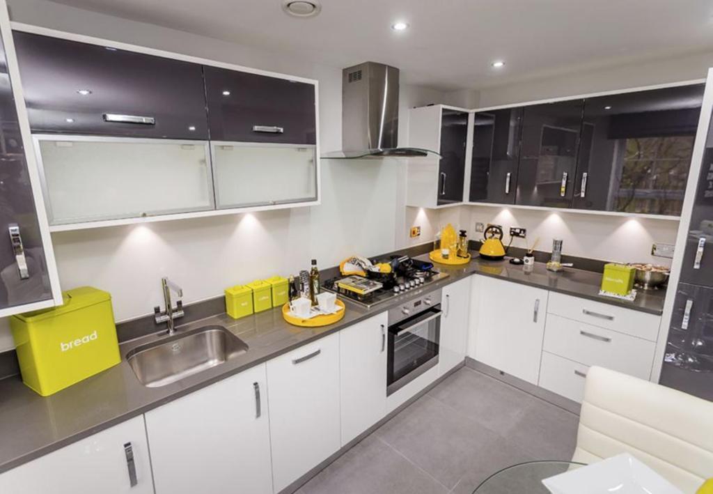 Barwick kitchen