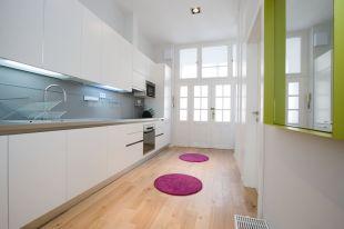 2 bedroom Flat in Budapest, District V