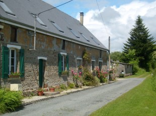 4 bedroom home in Normandy, Manche...