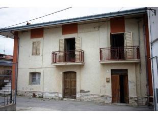 4 bed semi detached house for sale in Ortona, Chieti, Abruzzo
