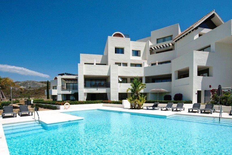 Benahavis new Apartment for sale