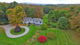 4 bedroom property for sale in USA - Massachusetts...