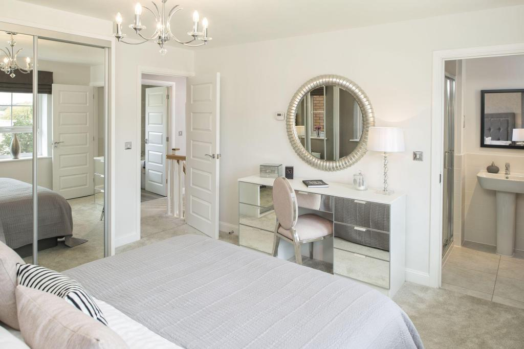 Typical Cambridge master bedroom with modern en suite