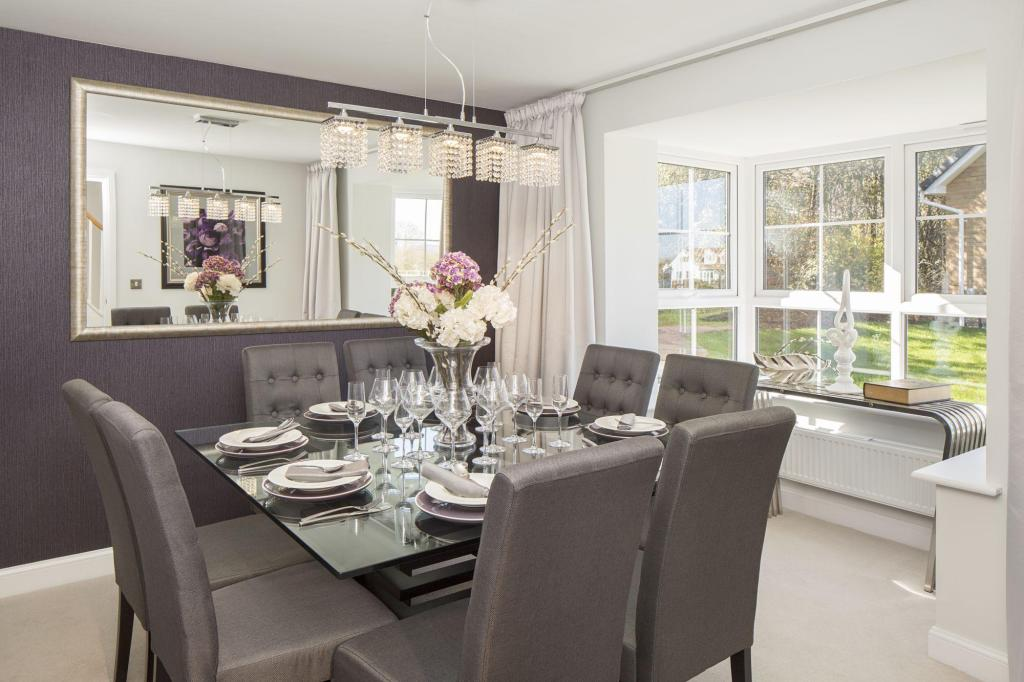 Typical Warwick separate dining room with bay window