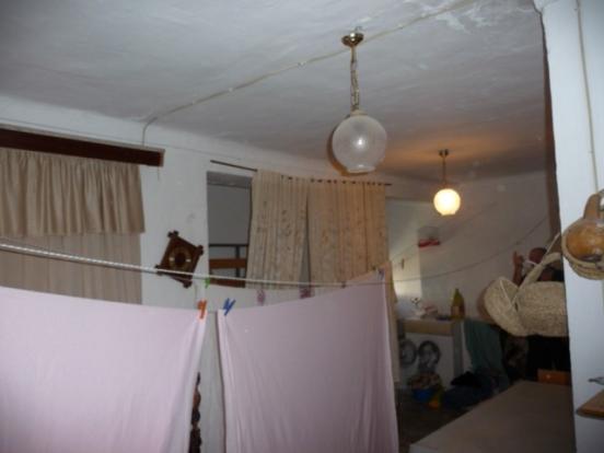 Large 2nd floor room