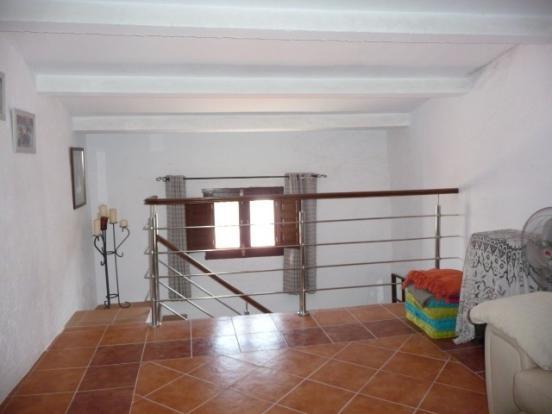 Mezzanine floor leading to the bedrooms