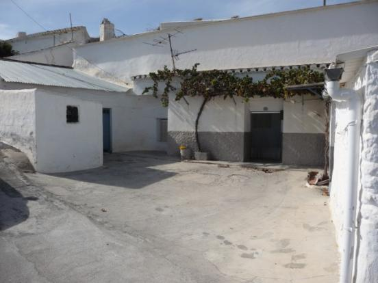 Fantastic cave home in Baza