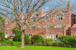 Apartment in 78 Shrewsbury...