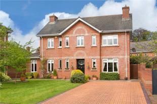 4 bed Detached house in 9 Clonfadda Wood...
