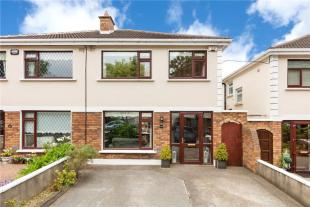 4 bed semi detached house for sale in 69 Pecks Lane...