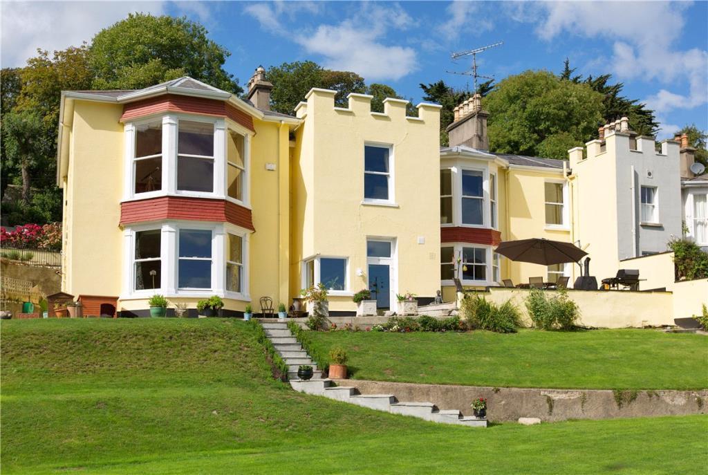 Saintbury House semi detached property for sale